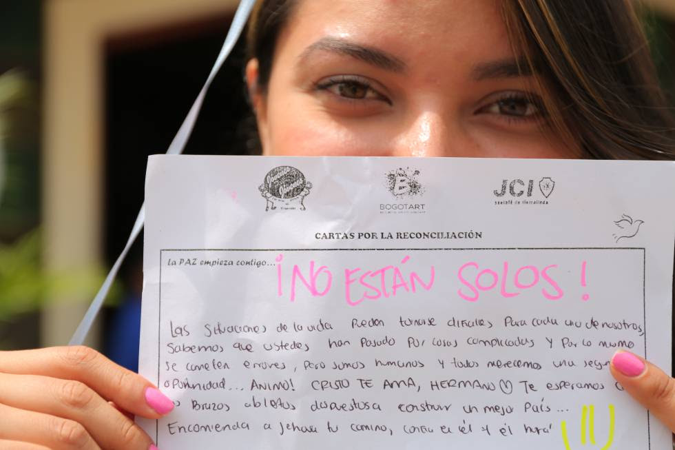 Lessons in tolerance: The Colombian letters sent to former FARC fighters