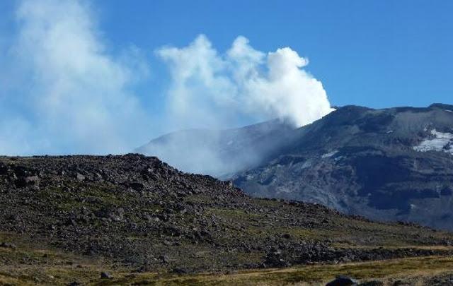 Sigue la alerta roja y extienden la evacuación en Caviahue