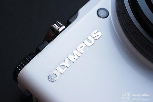 Olympus_XZ1_exterior_06