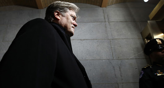 What Steve Bannon Wants You to Read
