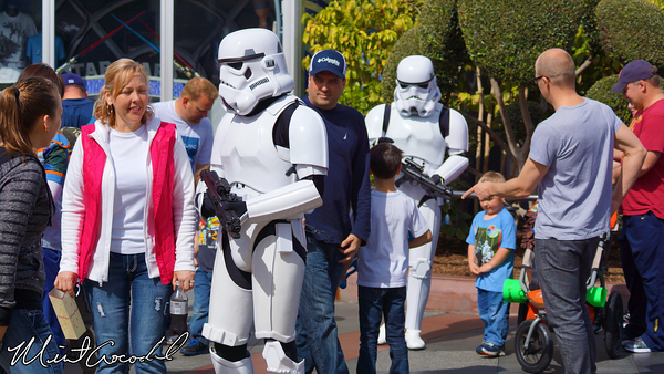 Disneyland Resort, Disneyland, Storm Troopers