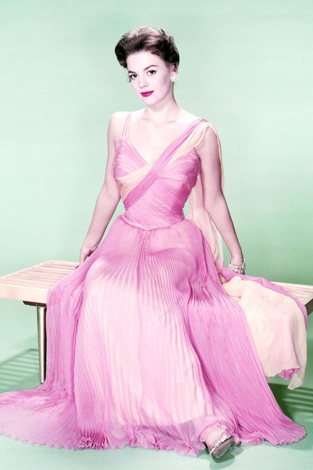 Natalie Wood is Pretty in Pink~circa 1960