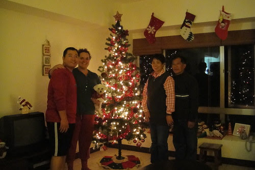 Decorating the tree with the Wu's