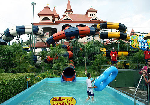tumblr m6ymwtDQVF1qi23vmo1 500 Top 10 Water Theme Parks in the World