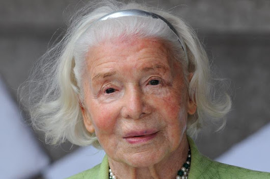 France's fashion designer for petite women dies aged 105