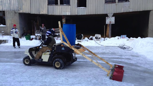 Backyard Hockey Rink Features Homemade Zamboni