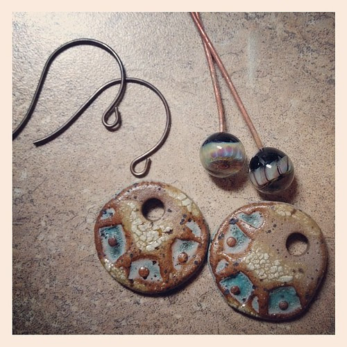Earring tutorial #aje #artjewelryelements #glassaddictions #lampwork