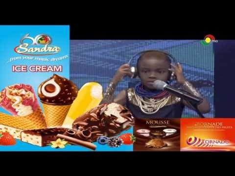 THE YOUNGEST DJ IN GHANA (DJ SWITCH )MIXING SONGS MADE IN AFRICA