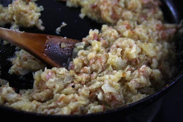 Empanadas de Queso, Cebolla y Panceta (10)