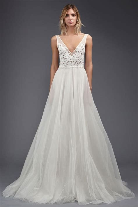 25  best ideas about Ethereal wedding dress on Pinterest