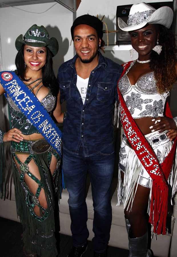 Bárbara Barcelos, Belo e Camila Rocha (Foto: Paduardo/AgNews)