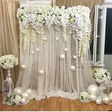 unique  breathtaking wedding backdrop ideas