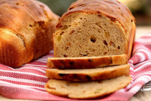Whole Wheat Hazelnut and Raisin Bread