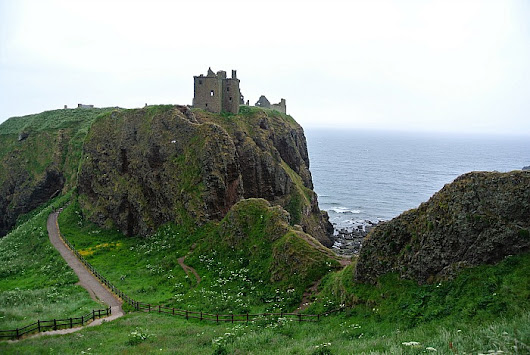 Visiting Dunnottar Castle in Scotland