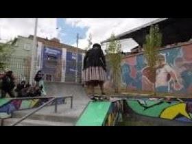 Las cholitas patinadoras de Bolivia (Video)