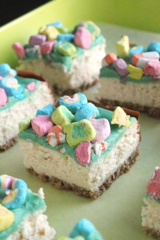 Lucky White Chocolate Cheesecake Bars | The Spiffy Cookie