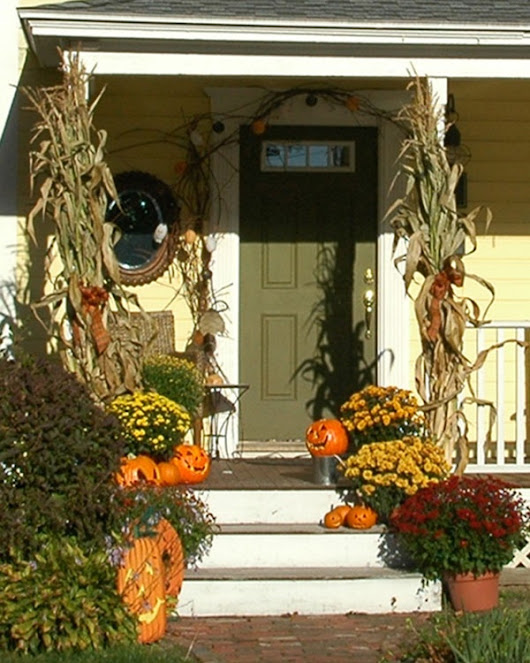 Another Round of Fall Decorating: Front porch/entry decor