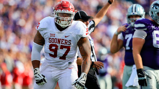 Oklahoma's Charles Walker Leaves The Team To Prepare For The NFL