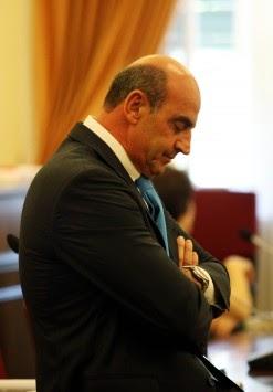 """Βουλγαράκης: """"Ήθελα να ξερα ποιός μ@λ@κ@ς τα σκέφτεται αυτά;"""
