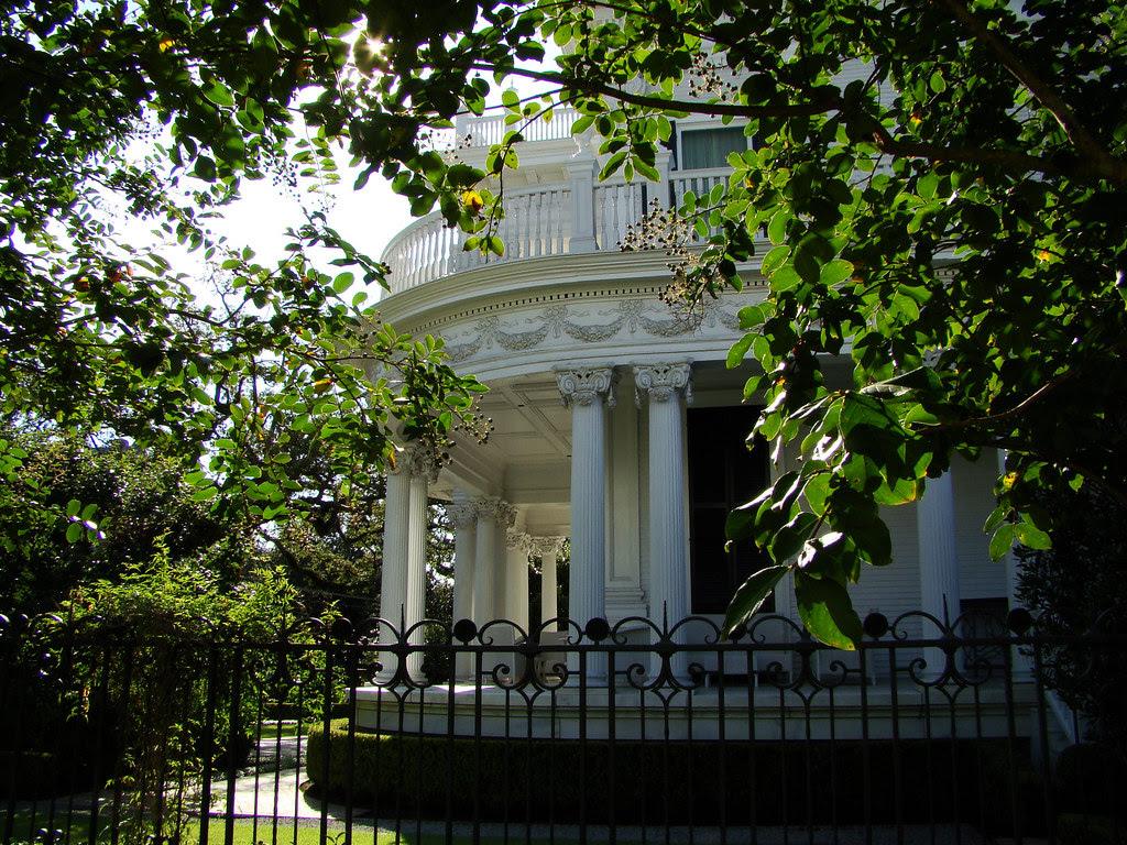 DSC02000 New Orleans mansion