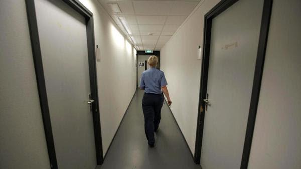 Un pasillo en la penitenciaría de La Haya (Reuters)