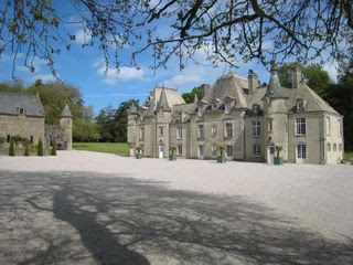 Sainte-mere-eglise Castle Rental: D'day Luxury Chateau For Rent ...