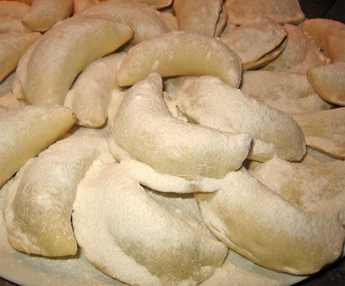 Biscotti corna di gazzella: Kaab al Ghzal by fugzu