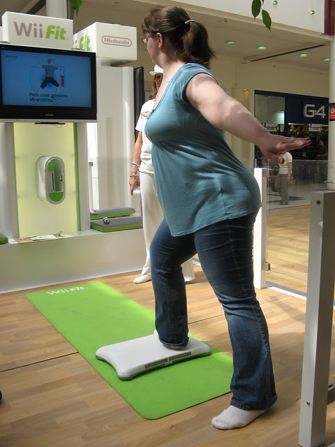Jen tries out Wiifit