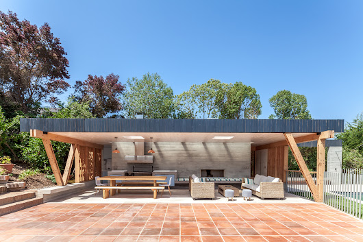 18 Beautiful Barbecue Areas for Summer | ArchDaily