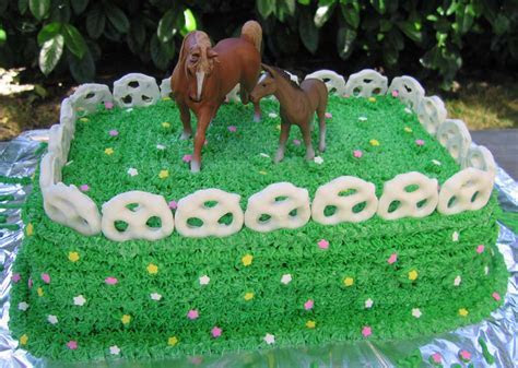 Horse Birthday Cakes ? Decoration Ideas   Little Birthday