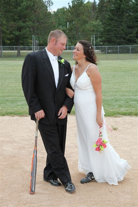 images  softball weddings  pinterest dads