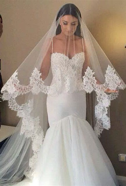 Beautiful Wedding Veil and Headpiece Ideas   Lulibuzz