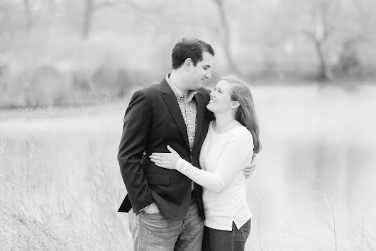 LINCOLN PARK ENGAGEMENT PHOTOS // nora + john | brittany bekas photography // chicago wedding + lifestyle photographer