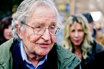 Noam Chomsky: Quem é o dono do mundo?