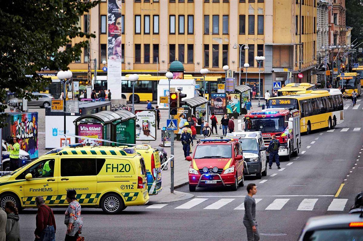Resultado de imagem para Um morto e oito feridos em esfaqueamento na Finlândia. Um atacante detido