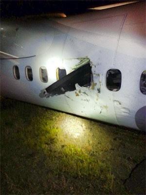 Hélice de avião atravessou cabine e atingiu passageira em acidente com voo da Air Canada Express (Foto: Reprodução/Facebook/Melissa Menard)