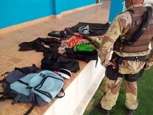 Material foi apreendido dentro de um sítio na zona rural de Janduís (RN), onde suspeito morreu em confronto com a PM (Foto: Capitão da PM Inácio Brilhante)