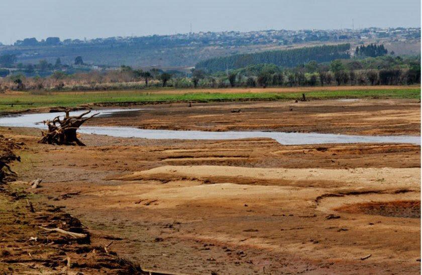 Resultado de imagem para Racionamento de água no DF começa na próxima segunda; veja locais