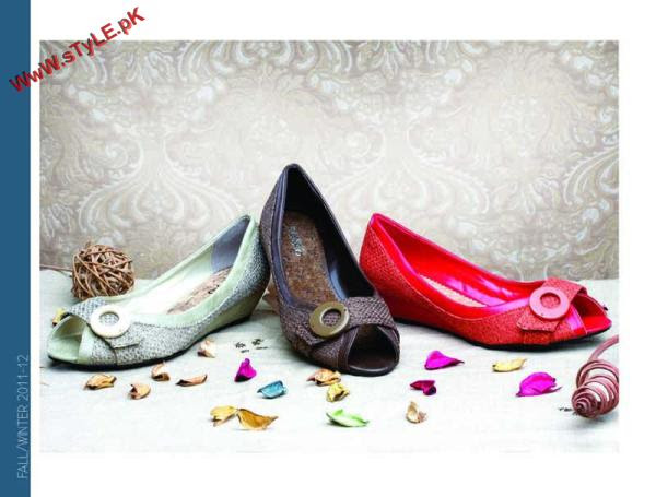 New Winter Arrivals For WOmen By Stylo 2012 002