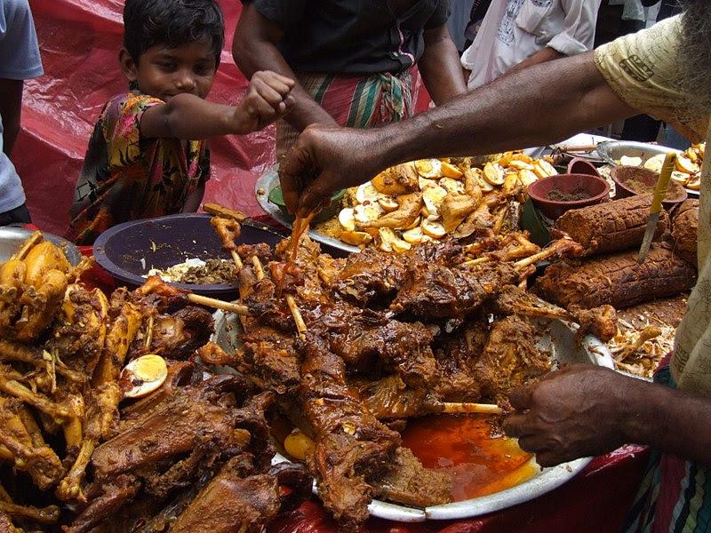 Arquivo: Iftar Puran dhaka2.JPG