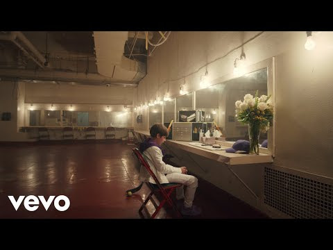 Justin Bieber Feat Benny Blanco - Lonely (Official Video)
