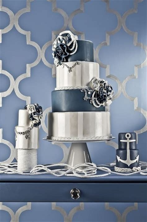 navy blue, white, silver wedding cake   Wedding ideas