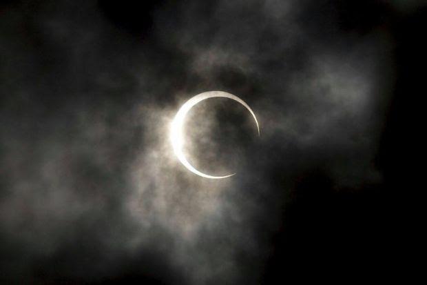 Risultati immagini per eclissi lunare