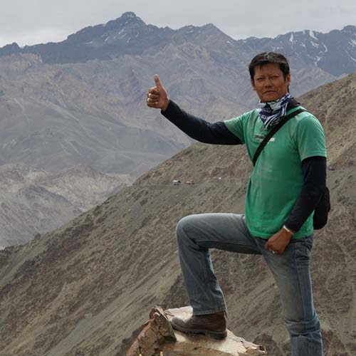 This biker collects the amazing road safety signs of Ladakh