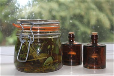 Homemade Sage & Thyme Cough Syrup with Honey and Brandy | Herbs and Oils Hub