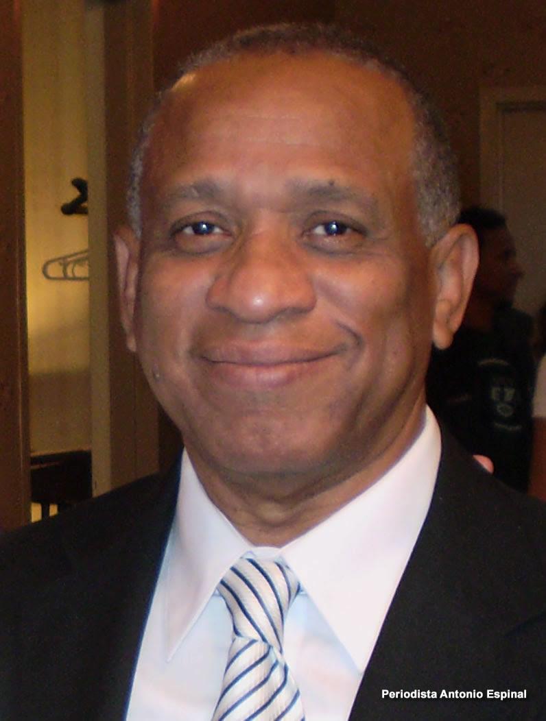Periodista Antonio Espinal