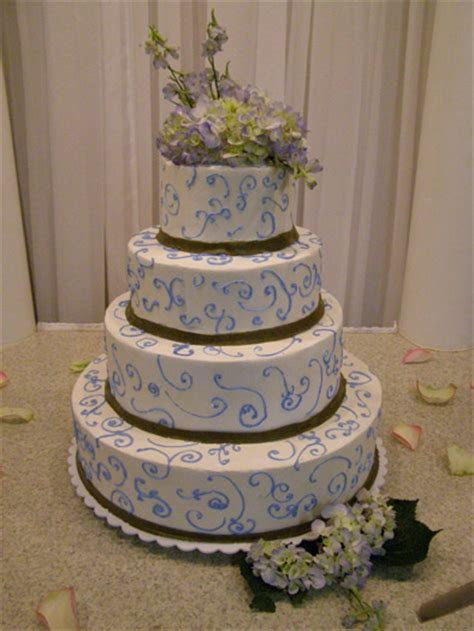 Wedding Cakes   Lisa Becker's Bakery   Custom Cakes and