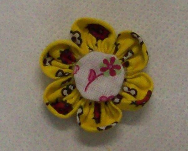 Artesanato flor de fuxico