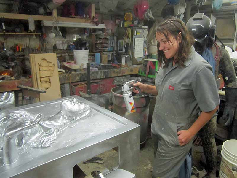 JIC Jen Spraying Silver