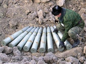 Подготовка снарядов к утилизации. Фото с сайта arms-expo.ru